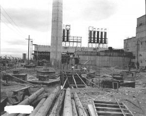 Hanford B-Reactor under construction during WW II